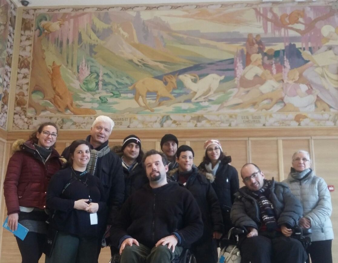 "Easy-to-read: Representatives of Italian disability rights group ""Associazione Uniamoci Onlus"" receive training in Brussels"